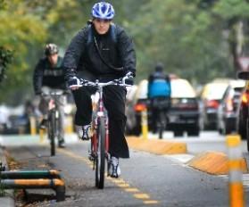 ¿Los Ciclistas cumplen las normas de tránsito (5)