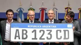 Nueva patente argentina para Motos y Autos-4