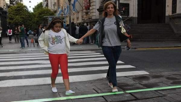 Semáforos en el piso, una tendencia que ya llegó a Argentina 2