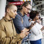 ¿Cómo evitar que te saquen el celular del bolsillo?